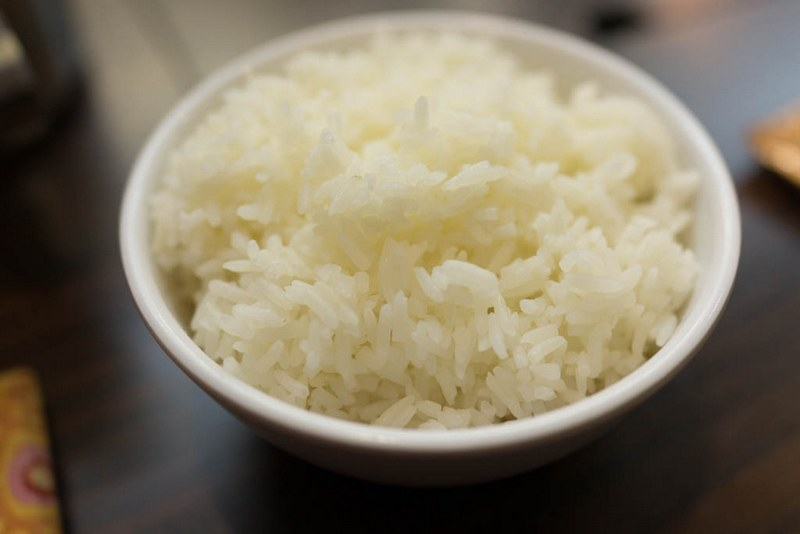 Cooked_white_long-grain_rice