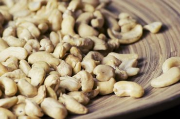 How_many_cashew_nuts_are_in_1-cup