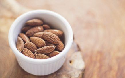 How_to_measure_whole_almonds_with_a_cup