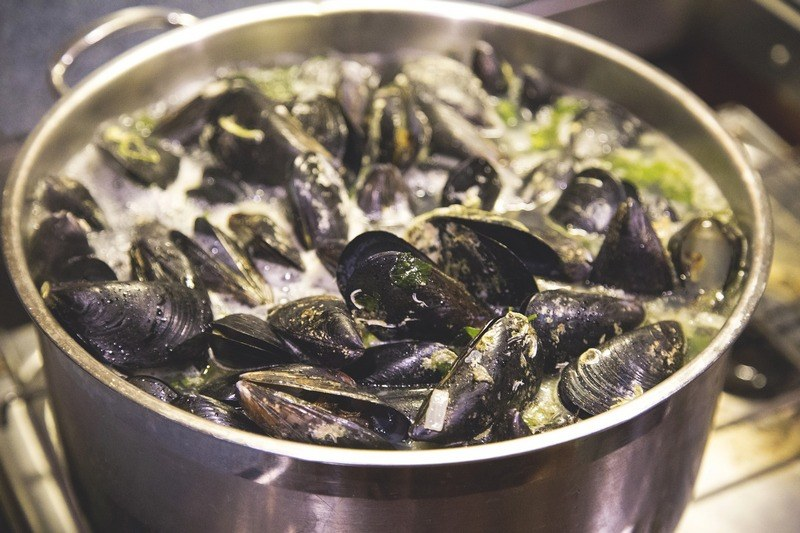 How_long_do_you_boil_mussels