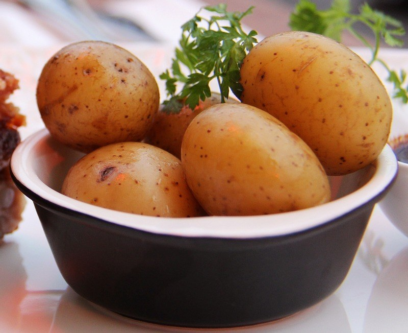 How To Boil Whole Potatoes With Skin On Freefoodtips Com