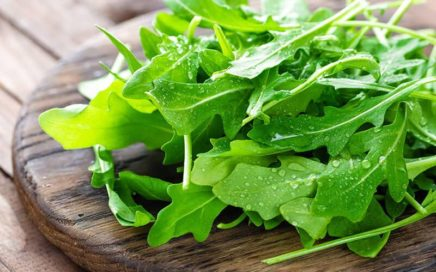 How_much_arugula_is_in_a_cup