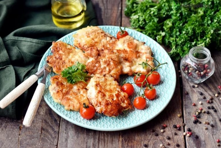 Cheesy chicken cutlets