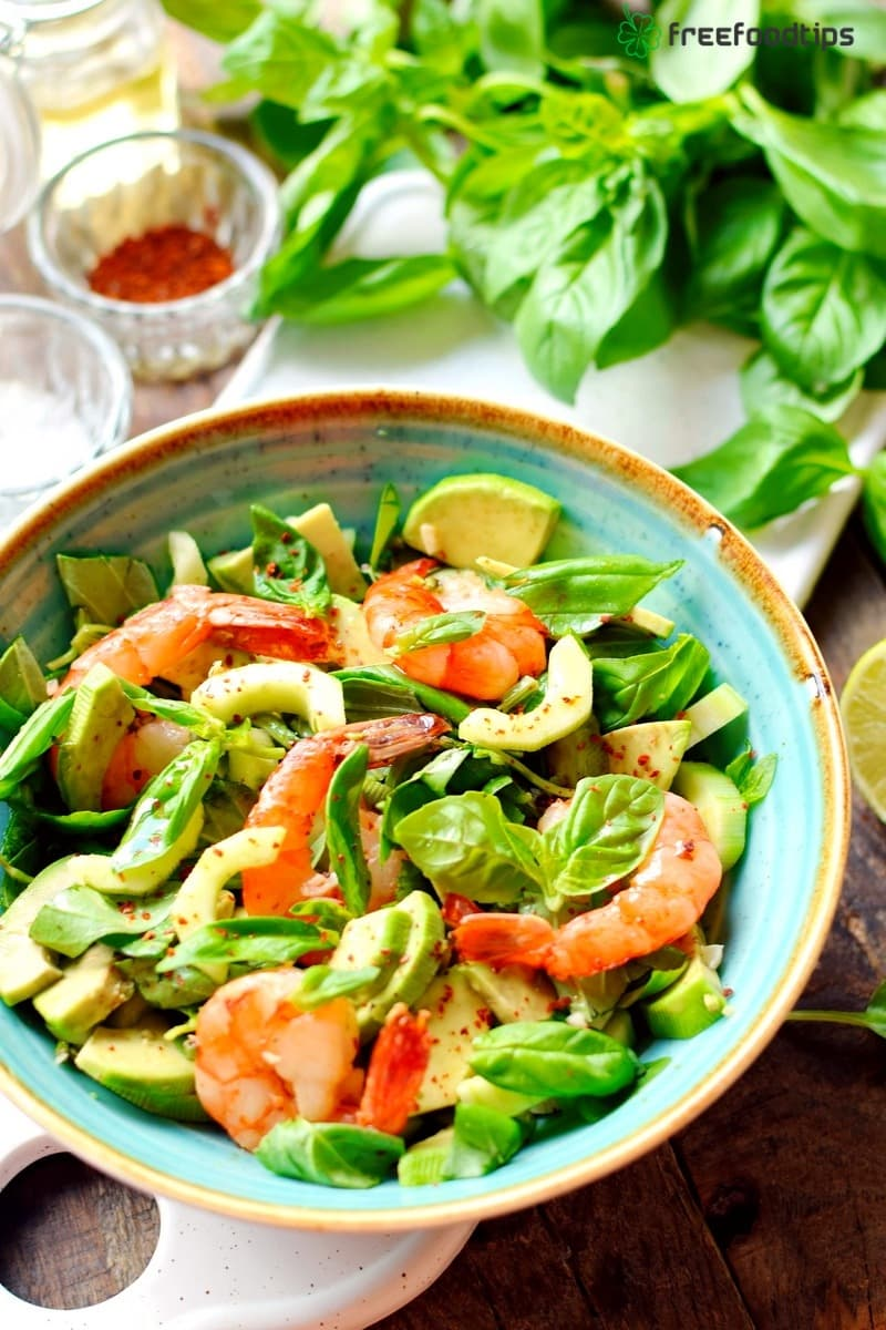 Shrimps avocado cucumber salad