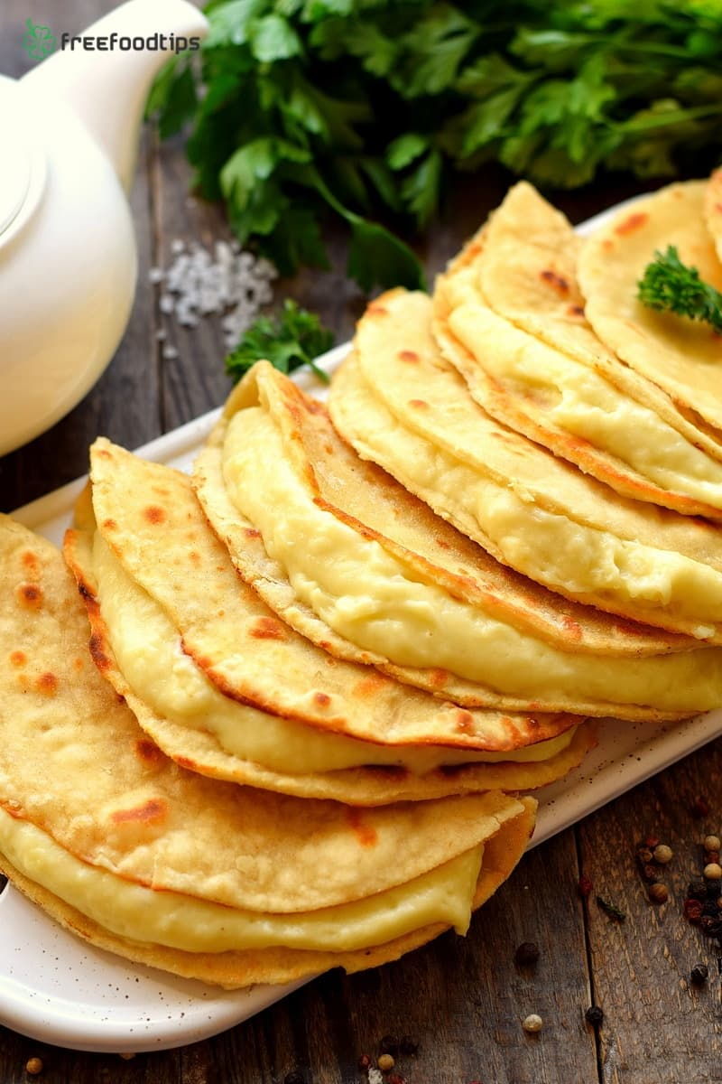 Kystybyj Tatar flatbread with filling recipe