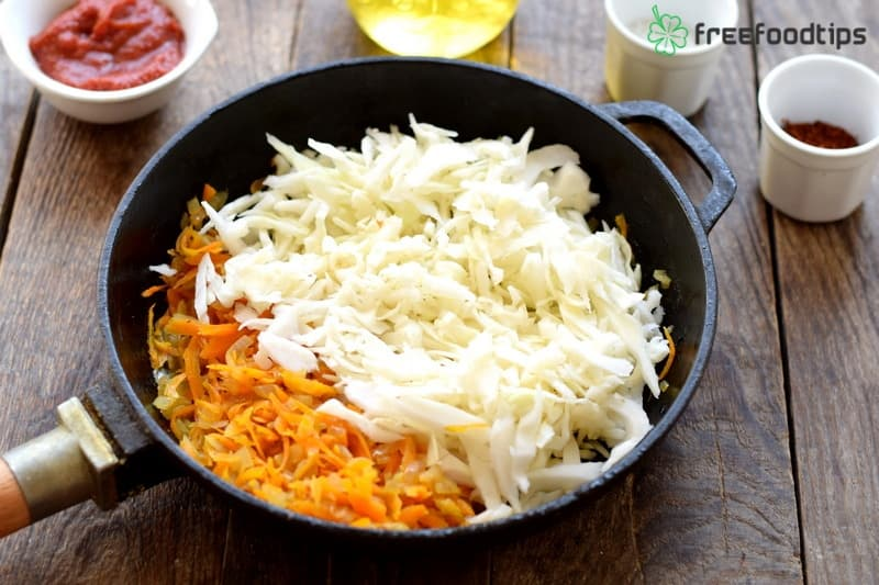 Step_6 How to make delicious fried cabbage