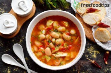 White bean soup with pork