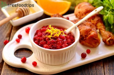 Easy Cranberry Sauce Recipe for Thanksgiving