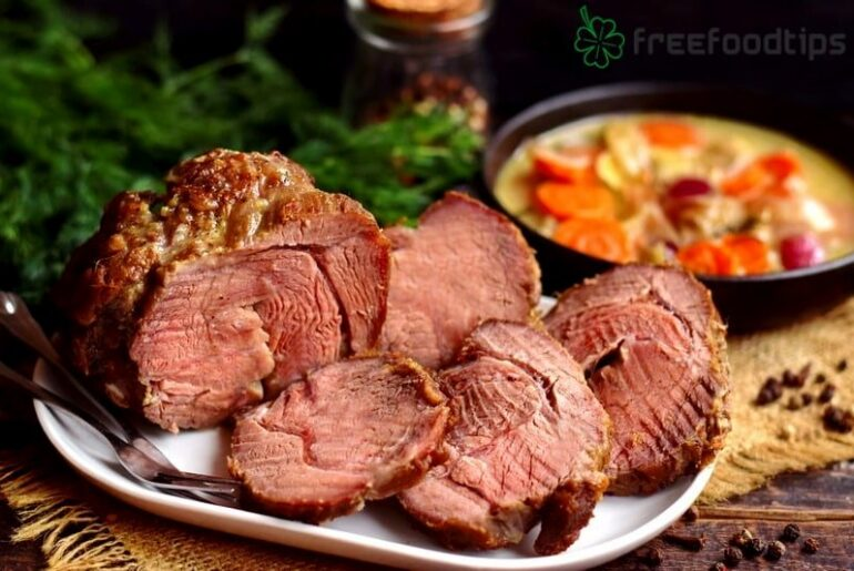 Roast Beef Recipe with Vegetables and Creamy Gravy